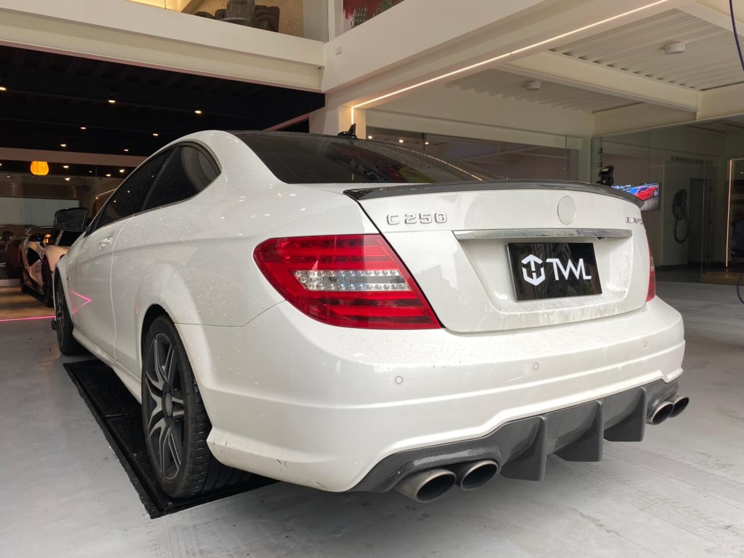 TWL-BENZ W204  C200 C300 AMG C63 C-Class-Taillights