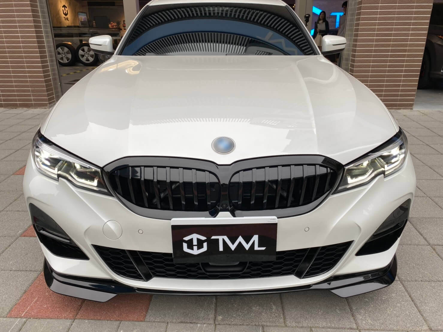TWL-BMW G20 320i 330i 340i-Grille